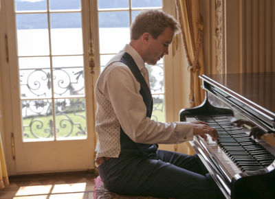 Hochzeit Bräutigam Piano St Charles Hall Luzern Meggen Bilifotos.ch