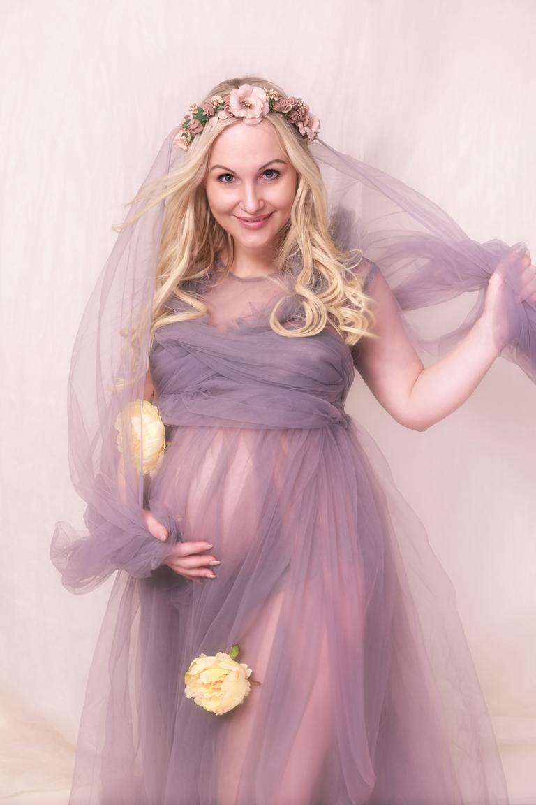 Babybauch Schwangerschaftsfotos Portfolio romantisch Kleid