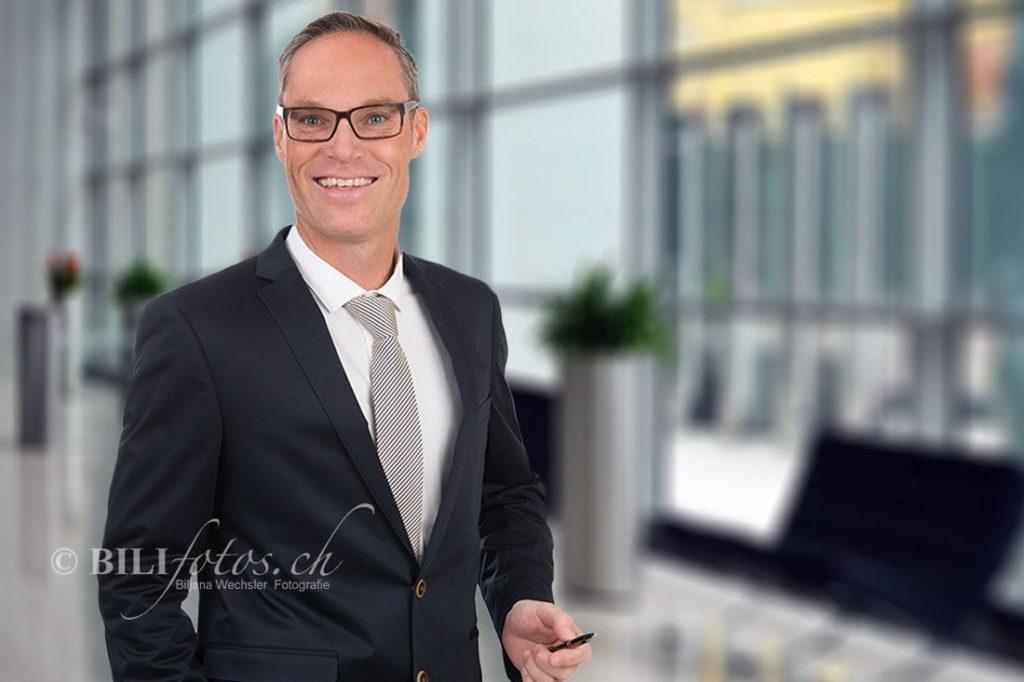 Firmen und Corporate Fotos Professionelle WEB Businessfoto fotostudio luzern Bilifotos.ch_002