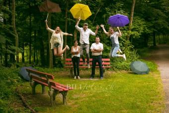 Familie-Fotoshooting-Luzern-Emmenbrücke-Wald-Bilifotos.ch_-340x228