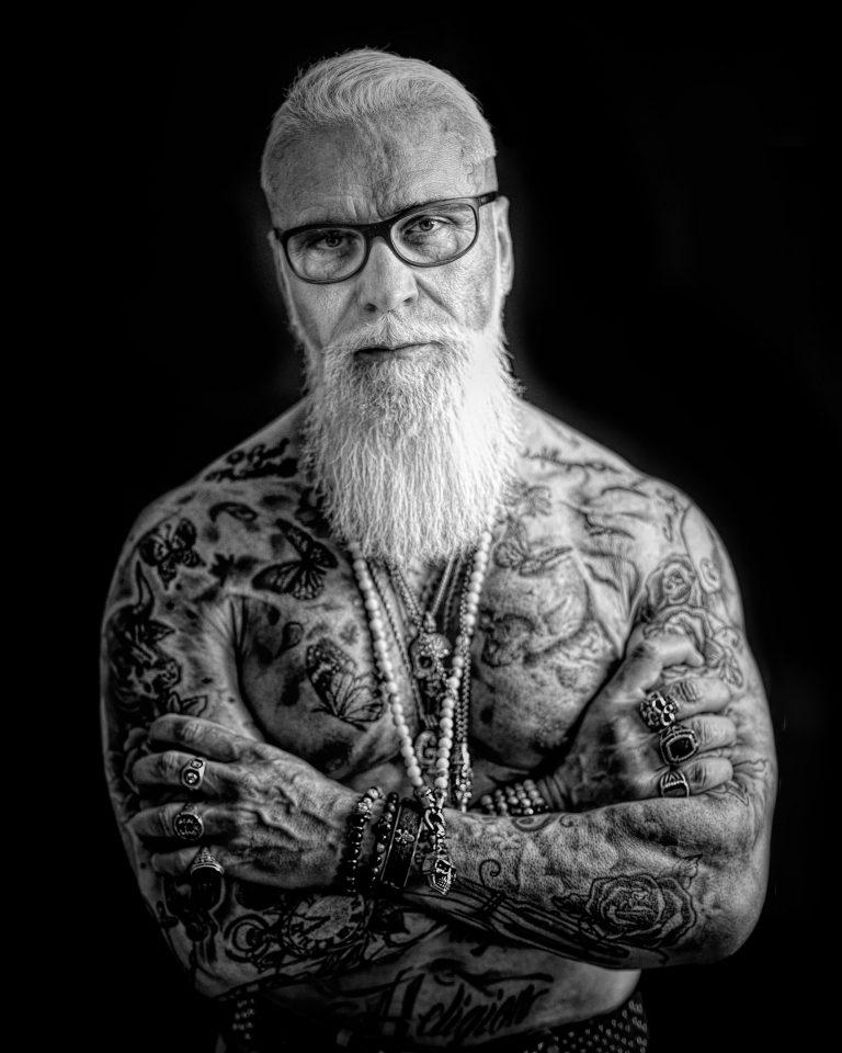 maener fotoshooting portrait fotostudio bilifotos.ch portrait gregorio boiano tattoo und rock