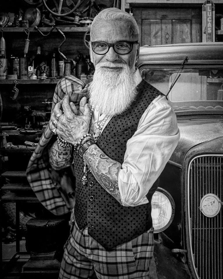maener fotoshooting fotostudio bilifotos.ch portrait gregorio boiano tattoo und rock oldtimer